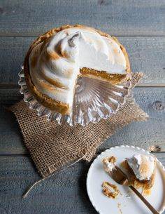 ... deep-dish pumpkin meringue pie will spice up your dessert table this