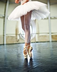 ballet. I seriously miss pointe dancing.