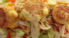 Croustillants de fromage au sésame / La tendresse en cuisine Train, Chicken, Meat, Ethnic Recipes, Food, Drizzle Cake, Salad, Kitchens, Essen