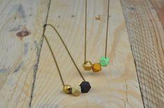 geometric necklace http://weddingwonderland.it/2015/07/decorazioni-geometriche-fai-da-te.html