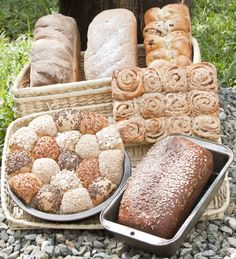 Panes Artesanales / Artisan Breads Artisan Bread, Breads, Dairy, Cheese, Food, Lunches, Pound Cake, Pies, Bakery Business