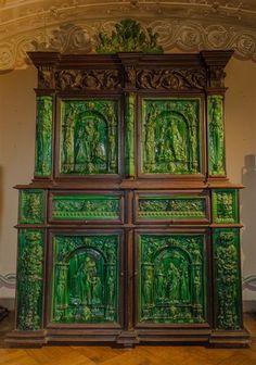 Sintra - Este armário era da Condessa d'Edla. E agora vai para o Palácio da Pena - Artes - DN