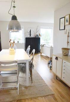 #interior #styling #dining #decor #scandinavian #white #natural #lamp #sideboard
