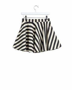 Striped flirty mini skirt