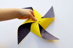 Quick �n Easy Giant Paper Pinwheels {Free Template}