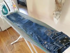 How to starch jeans, homemade starch recipie. I do this ALL THE TIME! For Luke's jeans and mine. So happy my daddy raised me right. I cook clean and starch jeans!! Oh I fish too. Yeah I'm a keeper!!