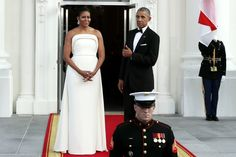 Michelle Obama's Stunning White Gown Gets A Thumbs Up From POTUS