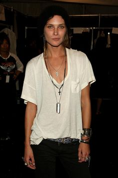low-cut V t-shirt + dog tag necklace