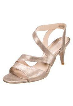 Sandales & Nu-pieds Bagatt PISA - Sandales - platino or: 78,00 € chez Zalando (au 09/01/16). Livraison et retours gratuits et service client gratuit au 0800 740 357.
