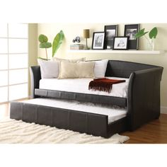 Maximize your guest room or child's room with the Daybed and Guest Room Collection at The RoomPlace, including traditional, trundle and futon options. Daybed With Trundle Bed, Pop Up Trundle, Daybed Room, Futon Bedroom, Upholstered Daybed, Futon Chair, Futon Diy, Futon Mattress, Leather Daybed