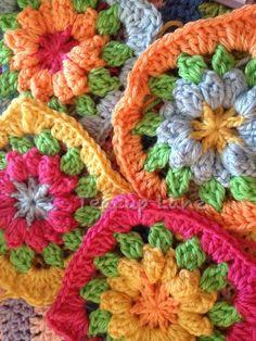 Fruit Punch Granny crochet - Scroll down for PDF Pattern <3.@Megan Ward Ward Ward Ward Ward Wallace daars 'n patroon maar ek kry dit nie en dis so mooi