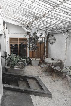 Cafe Interior, Minimalism, Patio, Outdoor Decor, Home Decor, Prime Rib, Decoration Home, Terrace, Room Decor