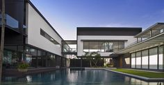 LUXURY Connoisseur || Kallistos Stelios Karalis || +Harbourview House - Singapore - Architecture - SCDA