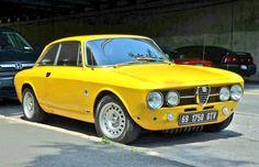 1969 Alfa Romeo GTV , how bouts yous park yo' self in my drive way? Alfa Romeo 1750, Alfa Romeo Cars, Alfa Romeo Spider, Maserati, Lamborghini, Ferrari, Alfa Gtv, Porsche, Classic Cars