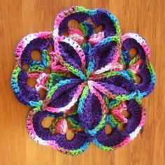 Starburst Hotpad By Loretta Schepp - Free Crochet Pattern - (ravelry)