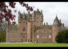 """Glamis Castle 
