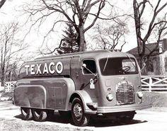 1941 GMC COE Texaco Tank Truck | by gdmey