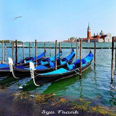 500 отметок «Нравится», 74 комментариев — Susanna Frank▫Моя Италия 🇮🇹 (@syufrank_italy) в Instagram: «Привет, мои хорошие 😗😗 По традиции, если понравилось фото, скажи мне об этом лайком ❤  А у нас…» Sailing Ships, Landscapes, Boat, Italy, Vehicles, Paisajes, Boats, Car, Scenery