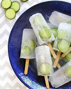 Whip up a batch of these cucumber-studded G&T pops for the coolest contribution to your next neighborhood barbecue.…