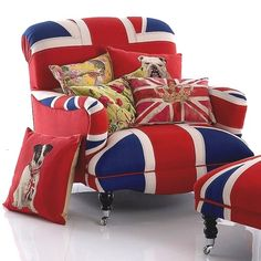 Union Jack Chair and Ottoman...Cute!!!  Love Love Love <3<3<3