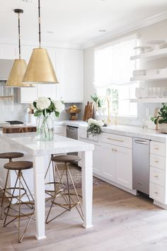 The Wyndham Counterstools are perfect in this gorgeous open kitchen! #homedecor #interiordesign #highfashionhome #kitchen http://www.highfashionhome.com/wyndham-swivel-counterstool.html