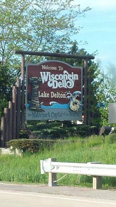 Vacation Hacks Tips Adult Family Vacation Ideas Kids Wisconsin Vacation, Wisconsin Dells, Vacation Destinations, Vacation Ideas, Lake Delton, My Road Trip, Christmas Travel, Canada Travel, Summer Travel