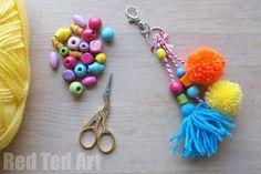 tuto bricolage facile avec pompons et perles