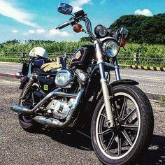 シュージさんはInstagramを利用しています:「#スポーツスター#xlh1200#ハーレー」 Amf Harley, Chopper Motorcycle, Modified Cars, Bobbers, Cars Motorcycles, Badass, Harley Davidson, Bike, Vehicles