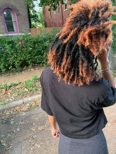 Dyed Natural Hair, Pelo Natural, Natural Hair Tips, Natural Hair Inspiration, Dyed Hair, Natural Hair Styles, Short Locs Hairstyles, Dreads Short Hair, Dreadlock Styles