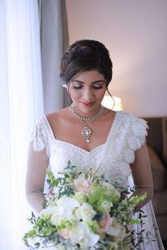Ovyaa Bridal by Anu, Mulleriyawa, Sri Lanka. Ovyaa Bridal & Designer wear is all about Designing and. Engagement Saree, Bridesmaid Saree, Bridal Dress Design, Hair And Beauty Salon, Saree Dress, Beautiful Bride, Indian Fashion, Lehenga, Sarees