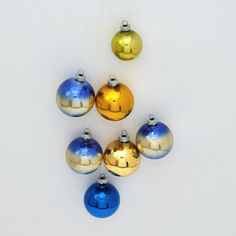 Vintage Christmas Decorations on Etsy Part II by Alexander on Etsy