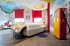 Ottsworld's Best Beds 2015 - most unusual bed at the V8 Hotel in Stuttgart Germany