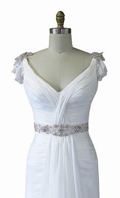 KAREN WILLIS HOLMES - 'Vanessa-embellished' wedding gown