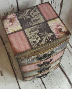 Wooden mini chest of drawersjewellery storage romantic