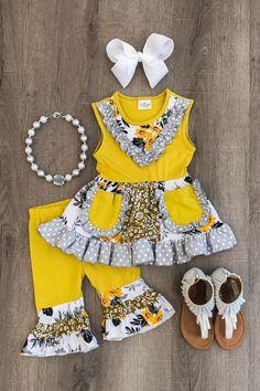 Cute Baby Girl Outfits, Kids Outfits Girls, Cute Outfits For Kids, Toddler Girl Outfits, Baby Girl Dresses, Toddler Fashion, Kids Fashion, Cheap Fashion, Fashion Clothes