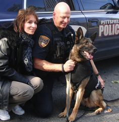 you can help a police dog get a bullet- and stab- proof vest for $10 with Groupon and Vested Interest in K9s! Thru Jan 9, 2013.