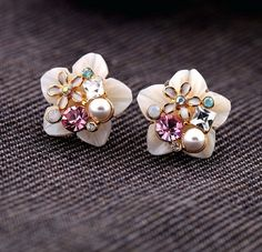 Beautiful Shell Flower Crystal Pearl Earring by PennyStore on Etsy, $5.00
