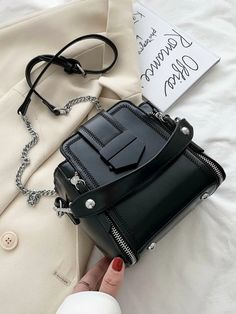 Louis Vuitton Bucket Bag, Louis Vuitton Wristlet, Mini Purse, Mini Bag, Lv Key Pouch, Cat Wallet, Black Bucket, Crossbody Bag, Satchel Bag