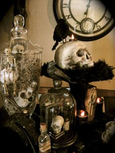 Nice 46 Wicked Halloween Home Decor Ideas https://homeylife.com/46-wicked-halloween-home-decor-ideas/