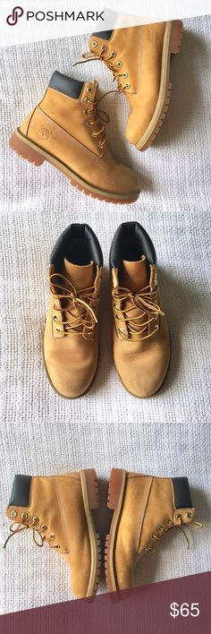 """Timberland   Boots Size 5 in youth which fits as a 6.5 in adult women. In 8/10 condition with light, normal scuffs. 📬Fast shipping📬 🥂10% off 2+ items-- press """"Add to Bundle"""" to save!🥂 Timberland Shoes Combat & Moto Boots"""