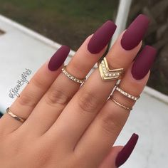 cranberry-fall-nails_look_15dbe7f8a048152703128a5708d17305_tile_small.jpg (480×480)