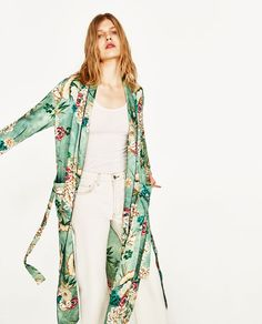 Image 3 of PRINTED KIMONO from Zara