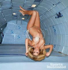 kate-upton-zero-gravity