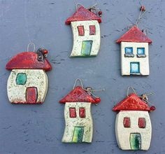 Home air Dry clay Pottery Houses, Ceramic Houses, Ceramic Clay, Ceramic Pottery, Pottery Art, Clay Houses, Ceramic Beads, Polymer Clay Projects, Diy Clay