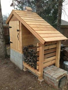 Use Power Of Wood On Diy Projects With Us 3 - Diy & Crafts Ideas . Use Power of Wood on With Us 3 - Diy & Crafts Ideas diy wood projects - Diy Projects Outdoor Projects, Home Projects, Space Projects, Outdoor Firewood Rack, Firewood Storage, Firewood Holder, Indoor Outdoor, Outdoor Living, Smokehouse