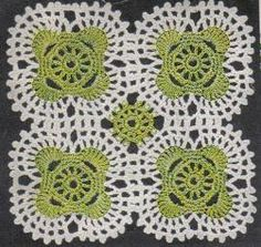 Chippendale Motif Doily: free pattern