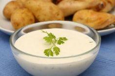Kerbel-Dip mit Joghurt und Sauerrahm auf babyspeck.at