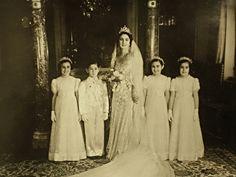 La Reine Farida d'Egypte lors de son mariage avec le Roi Farouk d'Egypte le 20 Janvier 1938