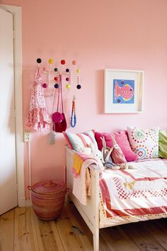 Little girl's room. Think Pink.
