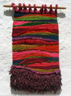 Comprar Sin Título 73 - Otros de Angelica Romero Tapestries por 581,00 EUR en Artelista.com, con gastos de envío y devolución gratuitos a todo el mundo Weaving Textiles, Weaving Art, Loom Weaving, Tapestry Weaving, Hand Weaving, Weaving Wall Hanging, Hanging Wall Art, Art Textile, Weaving Projects